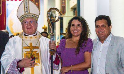 Prefeita Cordélia Torres participa de missa em homenagem ao bispo Dom José Edson 31