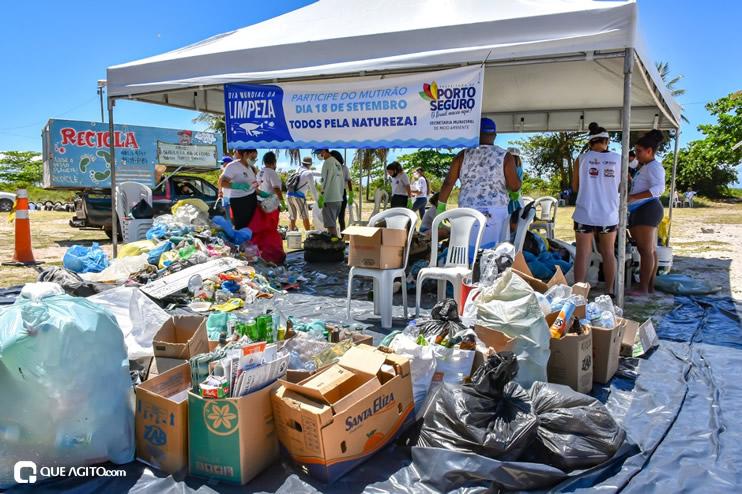Dia Mundial de Limpeza marcado por mutirão nas praias de Porto Seguro 31