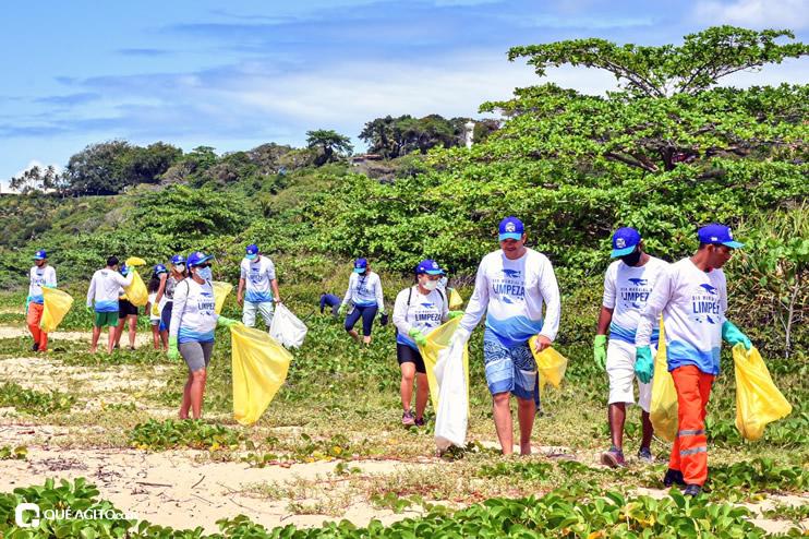 Dia Mundial de Limpeza marcado por mutirão nas praias de Porto Seguro 37