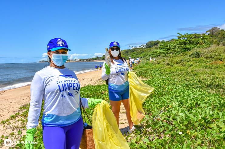 Dia Mundial de Limpeza marcado por mutirão nas praias de Porto Seguro 41