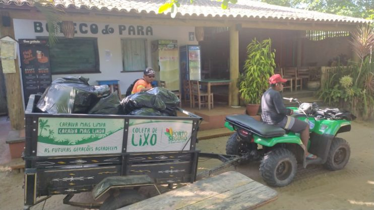 Coleta de lixo em Caraíva passa a ser motorizada 23