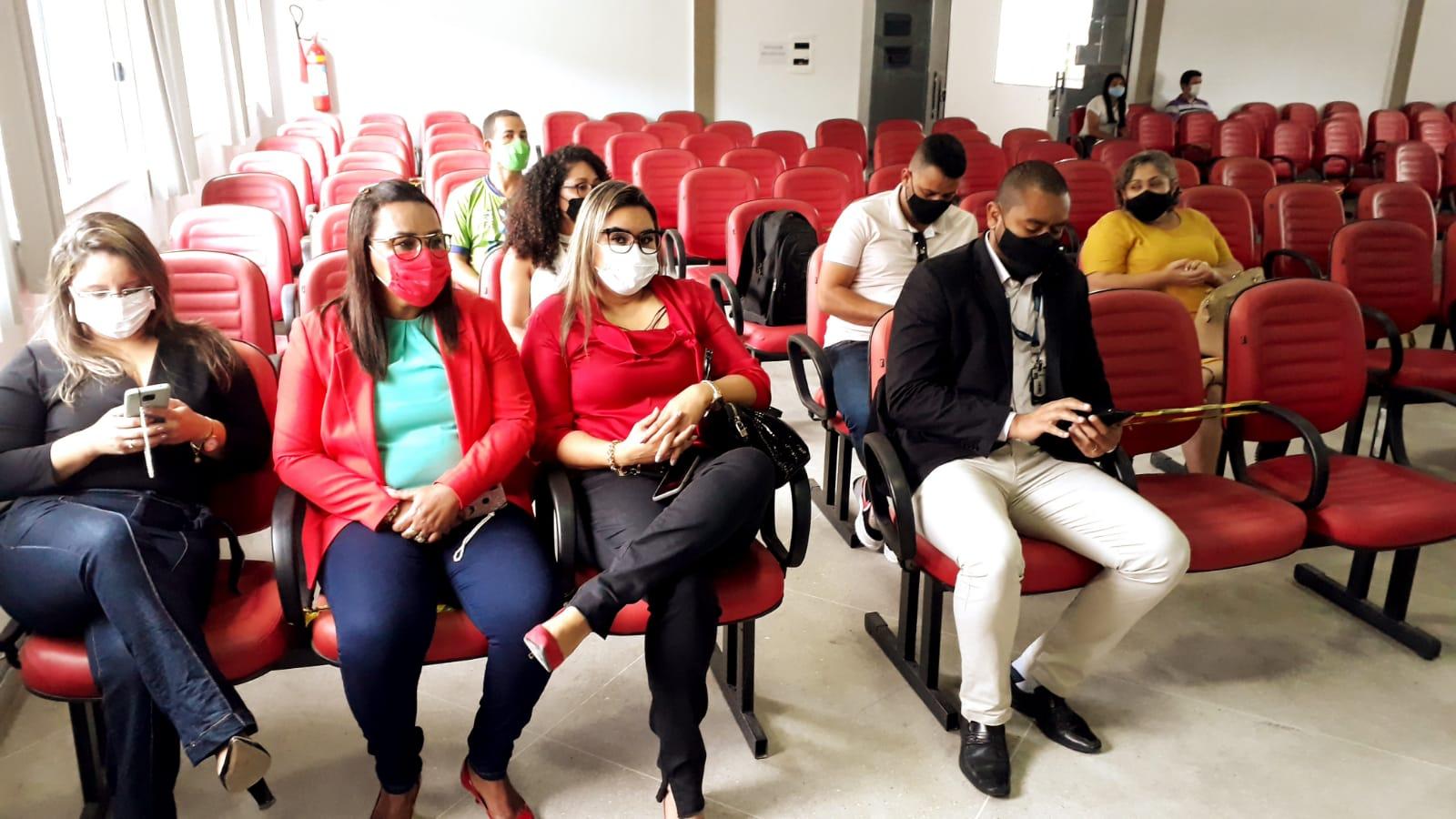 Prefeitura de Eunápolis realiza audiência pública para apresentar dados sobre o segundo quadrimestre de 2021 24