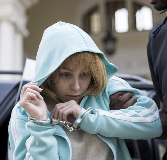'A menina que matou os pais': Filmes sobre Suzane von Richthofen narram duas versões maçantes da mesma história 36
