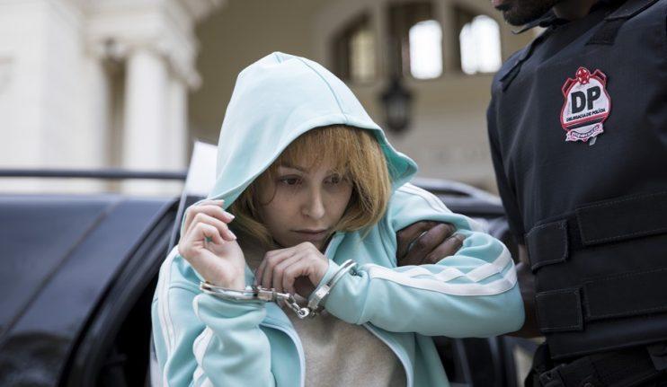 'A menina que matou os pais': Filmes sobre Suzane von Richthofen narram duas versões maçantes da mesma história 23
