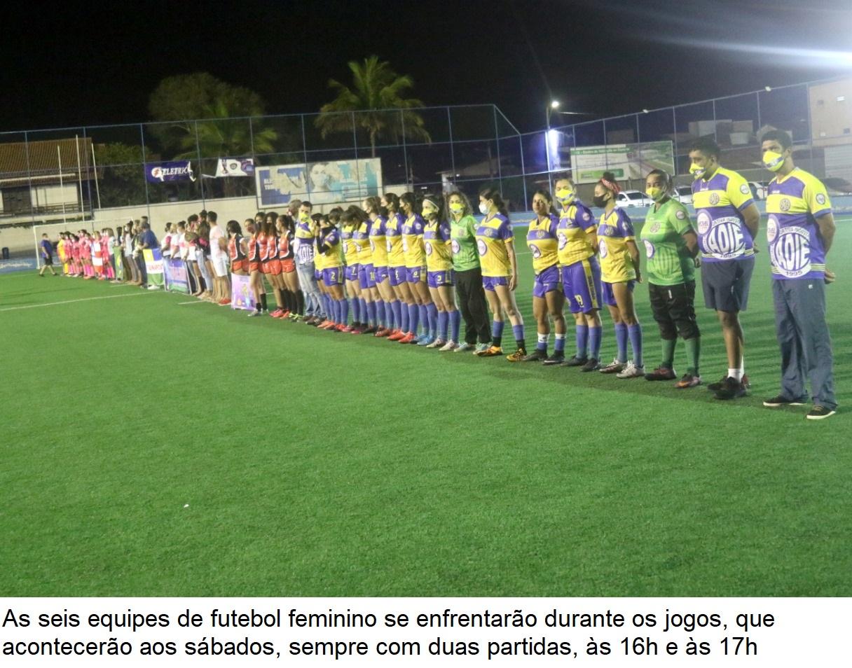 """Secretaria de Esporte realiza abertura do torneio de futebol feminino """"Copa das Rosas"""" em Eunápolis 27"""
