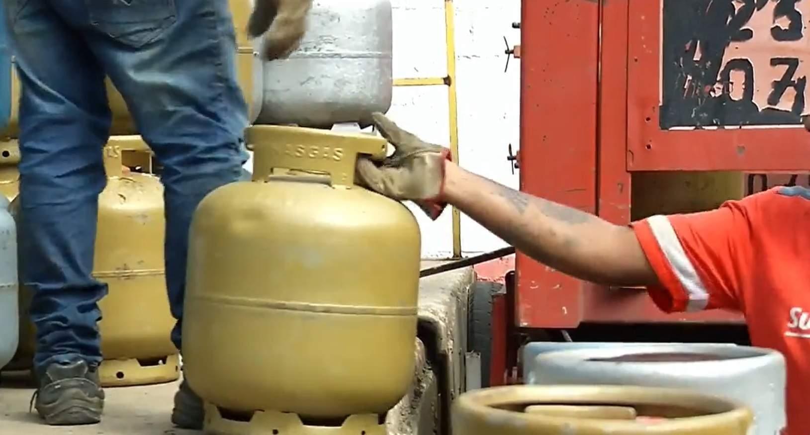 Preço do botijão de gás fica 7% mais caro a partir de hoje 23