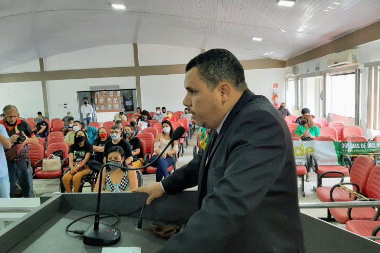 Câmara de Eunápolis aprova moção de pesar pela morte do soldado PM 36