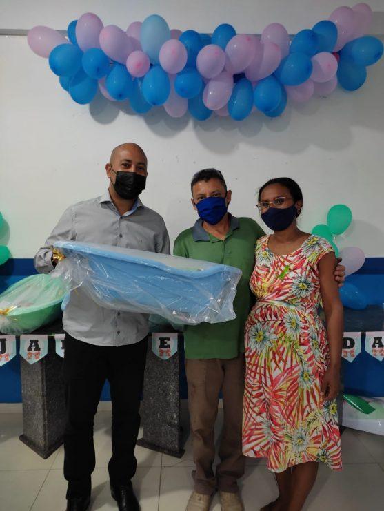 Secretaria de Assistência Social entrega 20 kits de enxoval a gestantes em Eunápolis 23