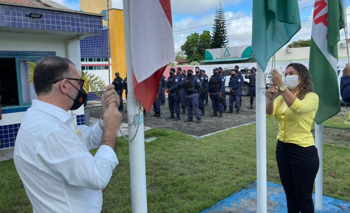 Prefeita Cordélia Torres participa de homenagem ao Dia do Guarda Civil Municipal 22