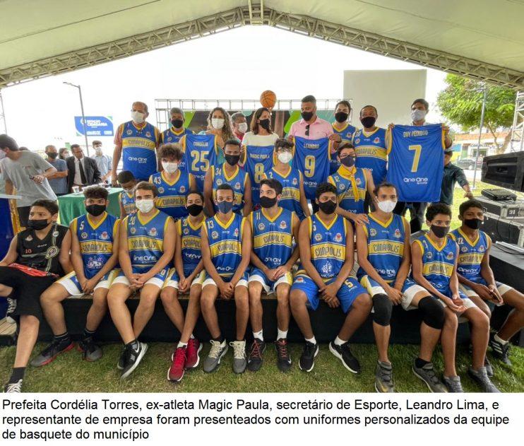 Domingo é marcado por inaugurações e palestra de ex-atleta no município de Eunápolis 39