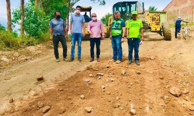 Prefeitura de Eunápolis inicia serviço de revitalização em rua para melhorar mobilidade no bairro Juca Rosa 28