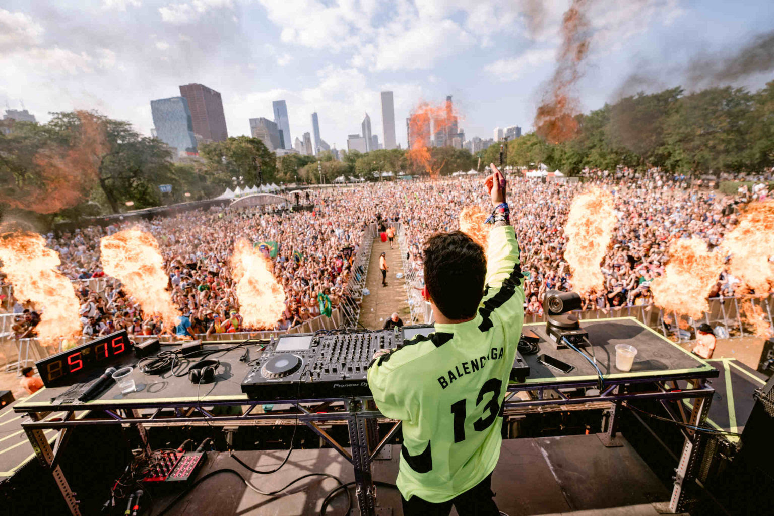 "Vintage Culture lança remix oficial de ""Next To Me"" da aclamada banda australiana RÜFUS DU SOL 22"