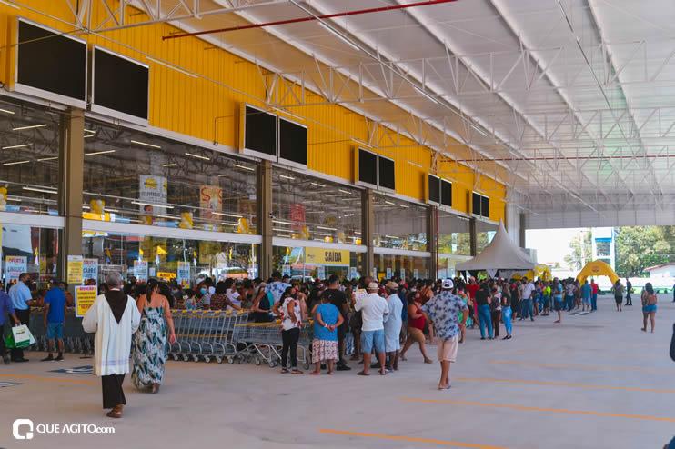 Prefeita Cordélia Torres prestigia inauguração de hipermercado em Eunápolis 55