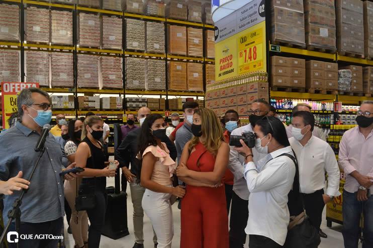 Prefeita Cordélia Torres prestigia inauguração de hipermercado em Eunápolis 76