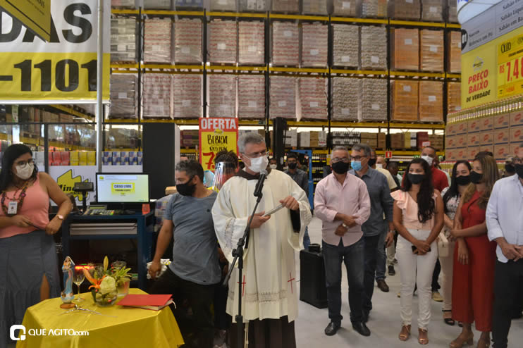 Prefeita Cordélia Torres prestigia inauguração de hipermercado em Eunápolis 89