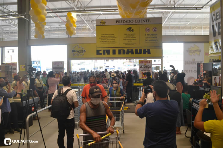 Prefeita Cordélia Torres prestigia inauguração de hipermercado em Eunápolis 109