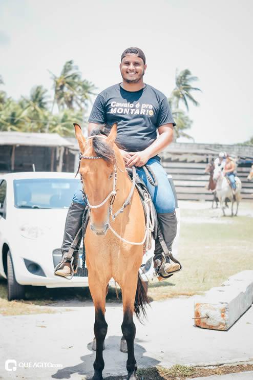 Canavieiras: Centenas de Cavaleiros e amazonas participaram da I Marcha Amigos de Ouricana 87