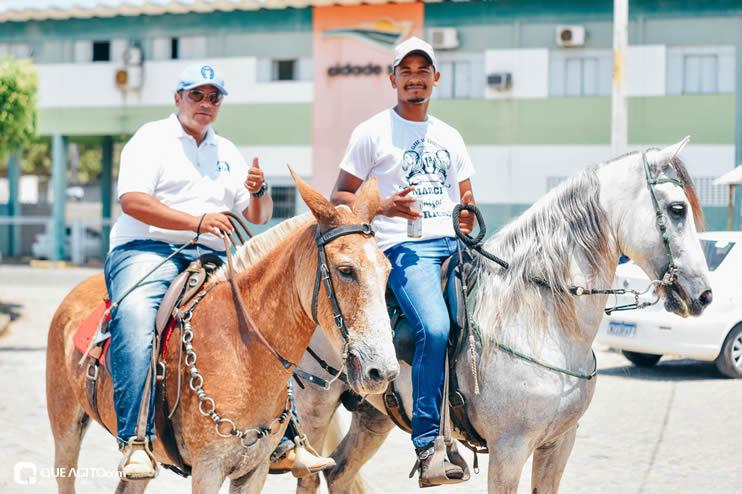 Canavieiras: Centenas de Cavaleiros e amazonas participaram da I Marcha Amigos de Ouricana 99