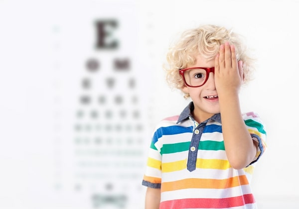 Dez sinais para professores e pais de que a criança pode ter algum problema de visão 23