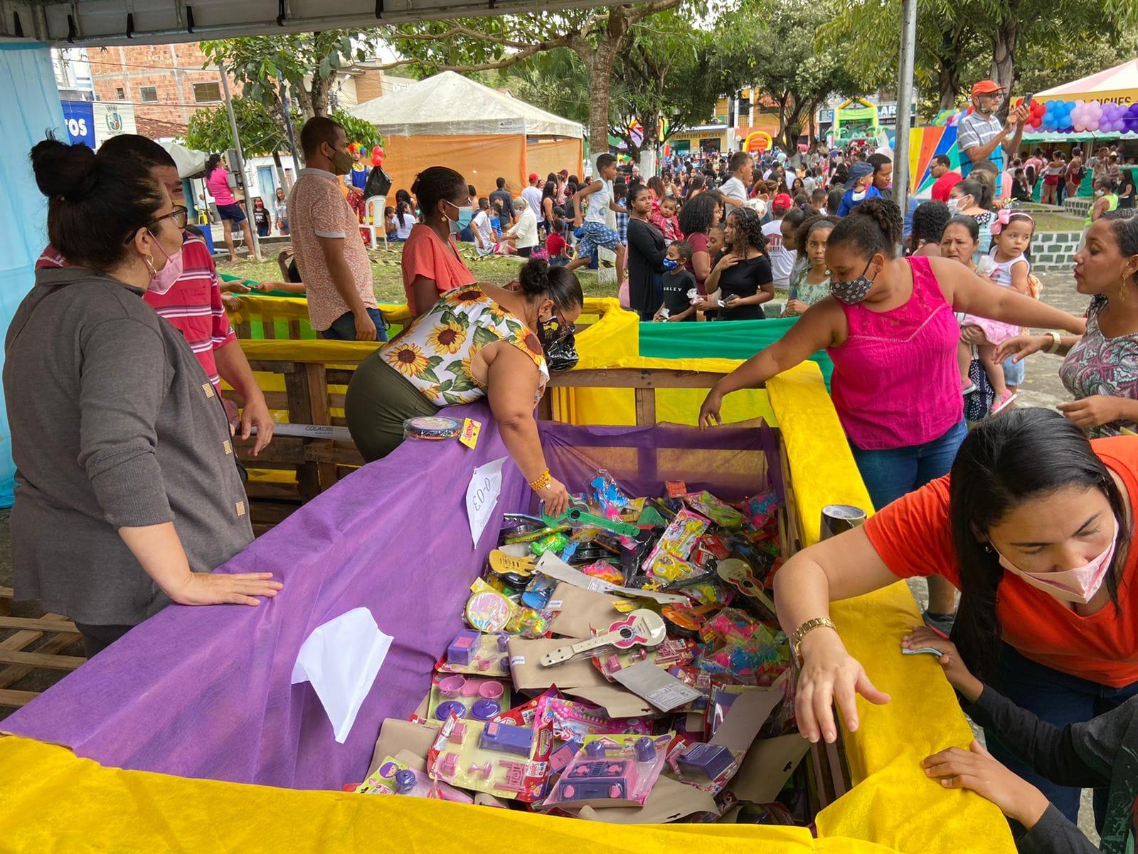 Evento É Dia de Brincar resgata brincadeiras tradicionais e já é considerado maior ação social de Dia das Crianças já realizada em Itagimirim 35