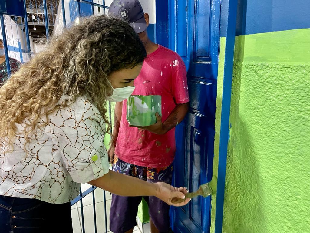 Prefeita Cordélia Torres acompanha requalificação de escolas antes do retorno semipresencial das aulas 23