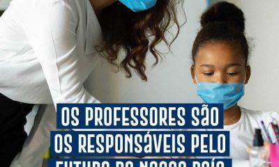 Prefeitura de Eunápolis parabeniza educadores no Dia do Professor 12