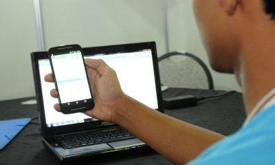 A um mês do Enem, professores falam sobre uso de redes sociais 74