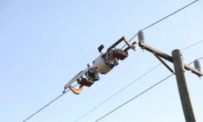 Facebook anuncia robô que passa fibra óptica em postes de energia 29